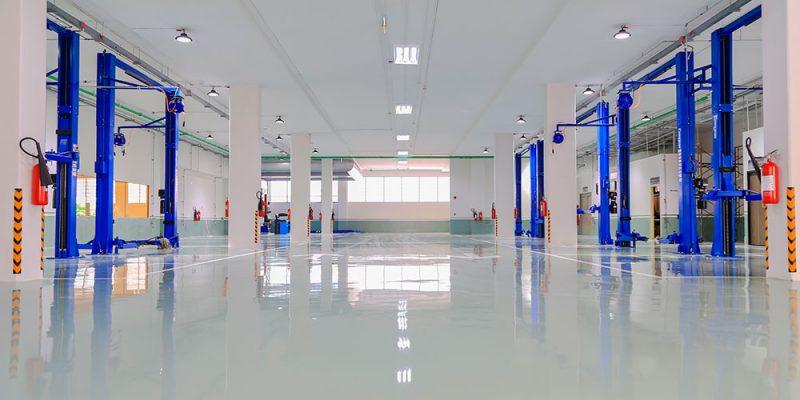 pisos epóxicos en plantas industriales, áreas de trabajo y bodegas