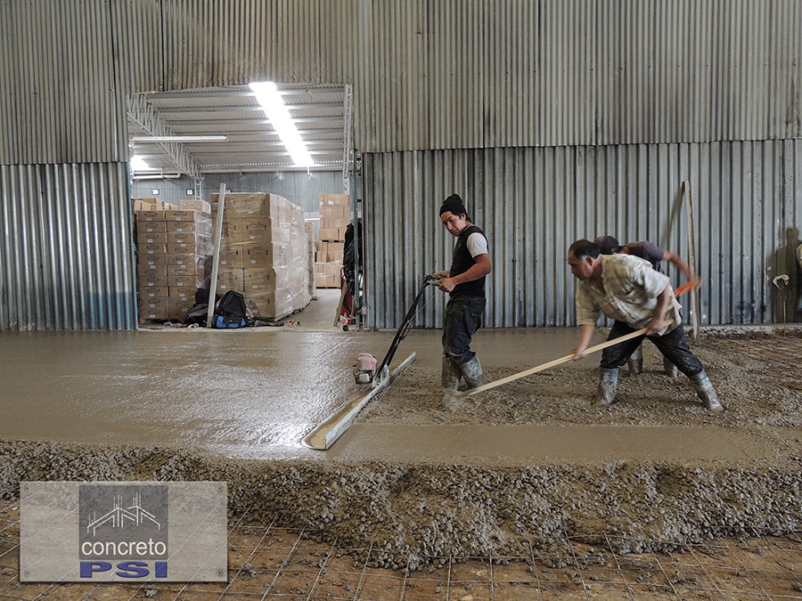 Consolidación y nivelación de pisos de concreto.
