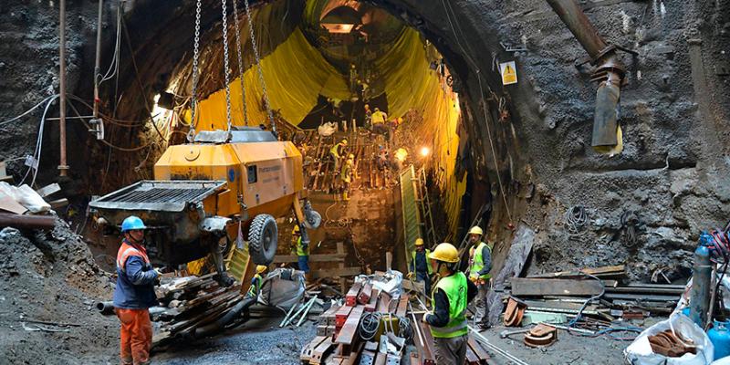 Proyecto Marmaray túnel bajo el agua