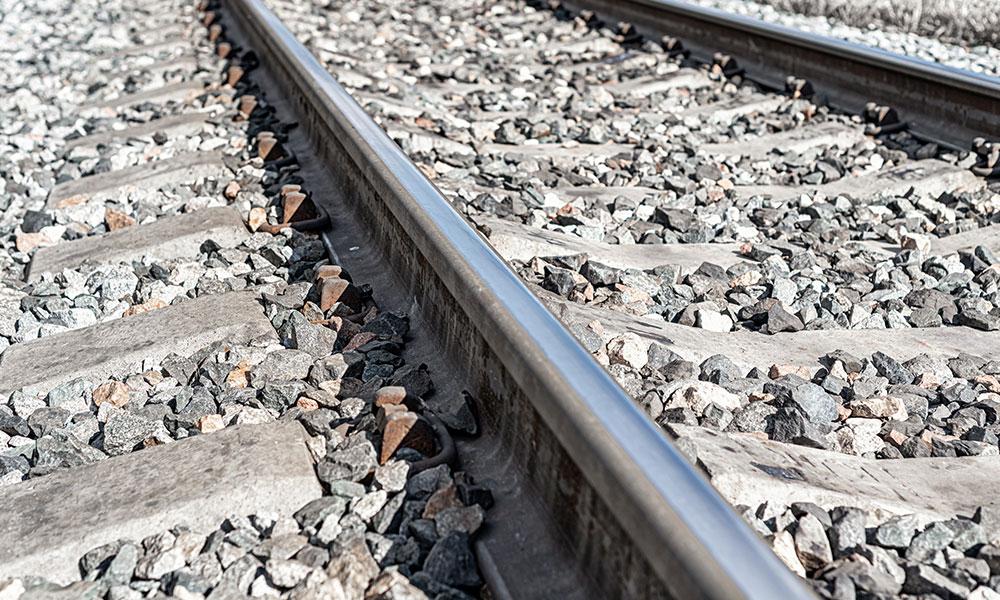 Rieles ferroviarios en durmientes de concreto PSI Concreto